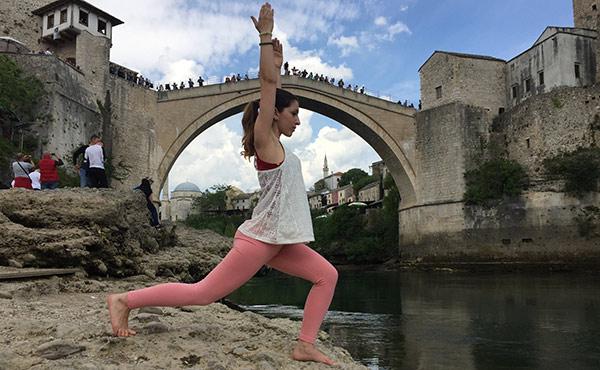joga-pozicia-bojovnik-flexity